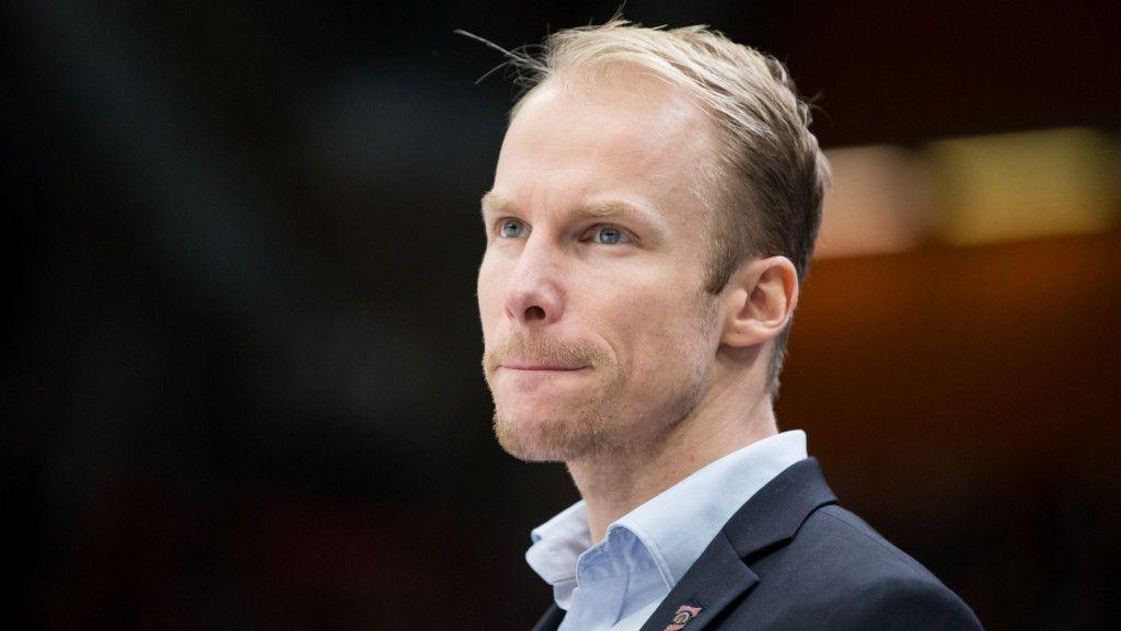 Uppgifter: Svenske tränaren nära toppjobb i Schweiz