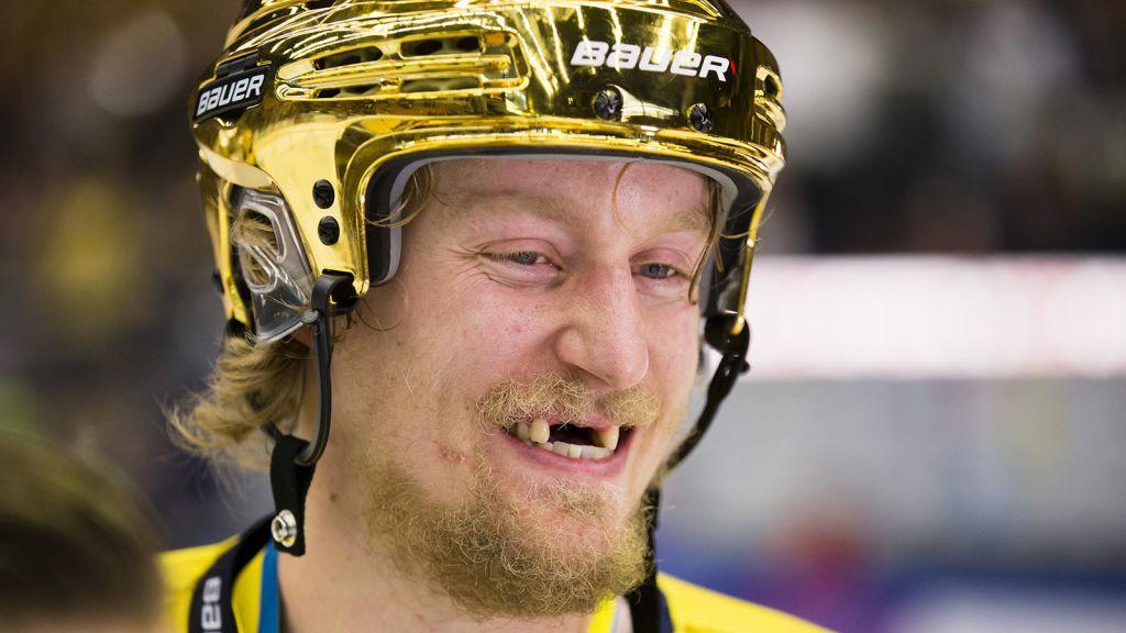 Oscar Sundh efter SM-guldet 2017.