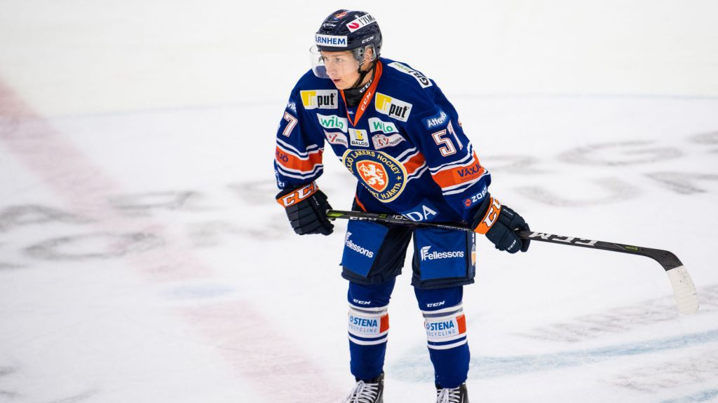 Kalle Johansson i Lakerströjan.