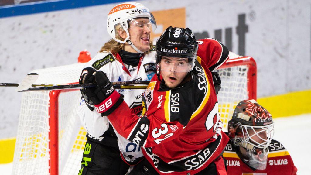 Oscar Engsund i duell med Emil Sylvegård.