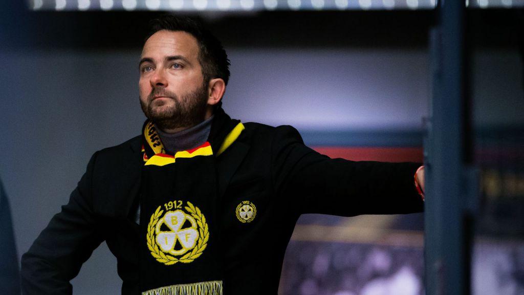 """Klubbdirektören mitt i krisen: """"Det är den svåraste frågan"""""""