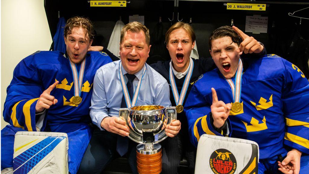 Hugo Alnefelt, Calle Clang och Jesper Wallstedt vann U18-VM tillsammans.