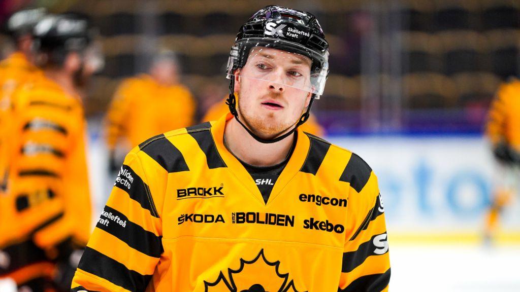 Jesper Frödén har vuxit in i SHL-kostymen.