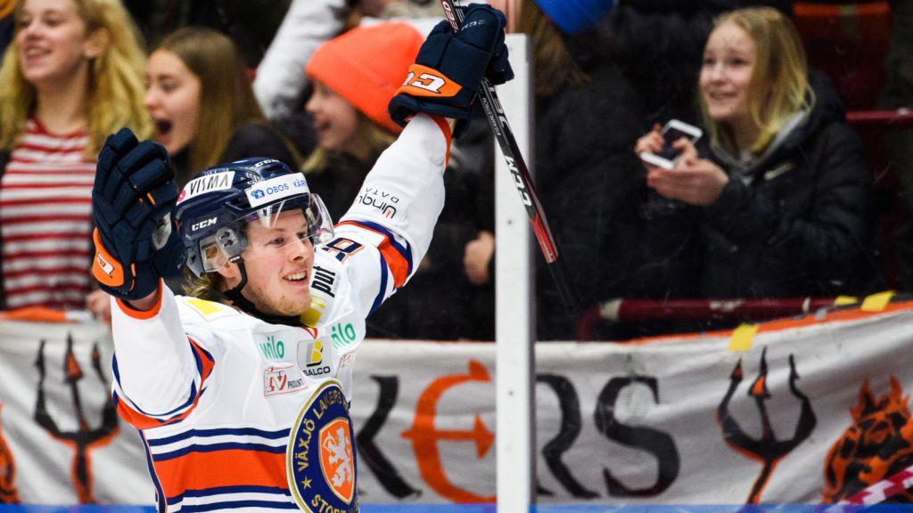 Fredrik Karlström fortsätter att utvecklas i Växjö i väntan på en NHL-chans i Dallas.