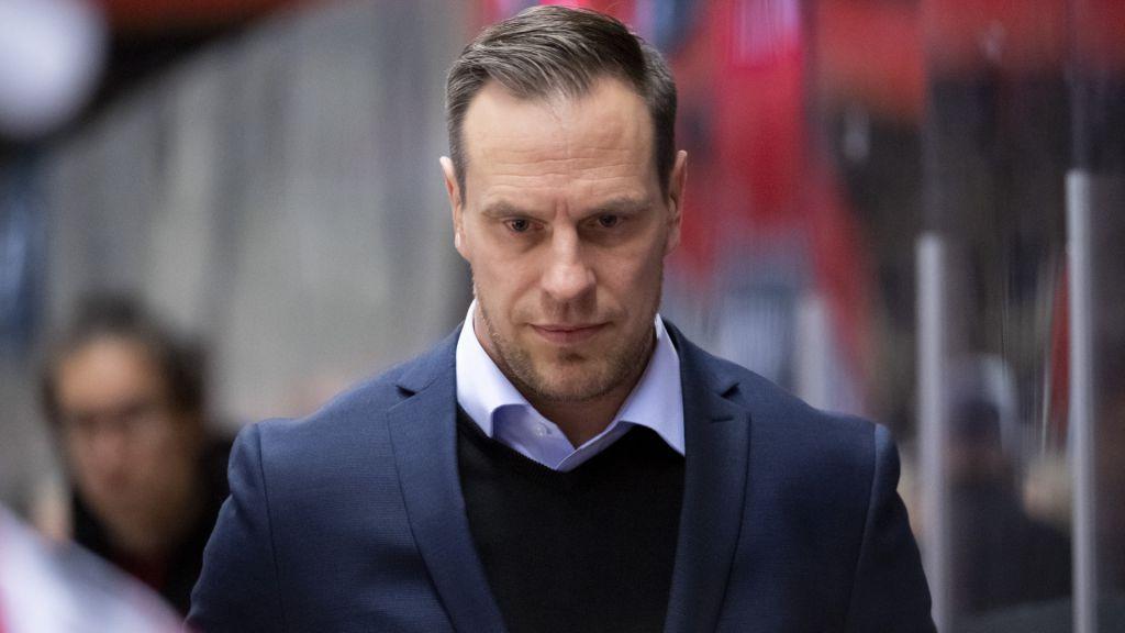 Ville Nieminen lämnade sitt uppdrag som Modotränare efter bara nio matcher.