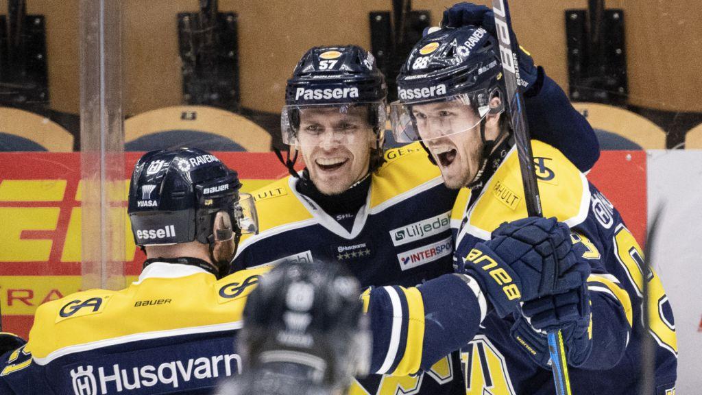 Det var ett efterlängtat måljubel för Jesper Kokkonen (höger).