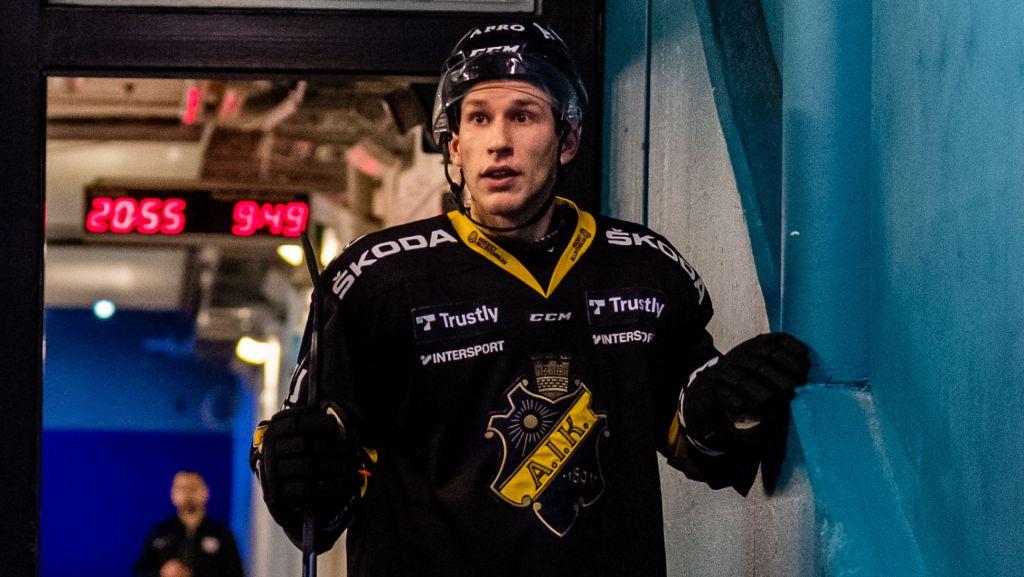 """Poängkungen stannar i AIK: """"Vill ha revansch"""""""