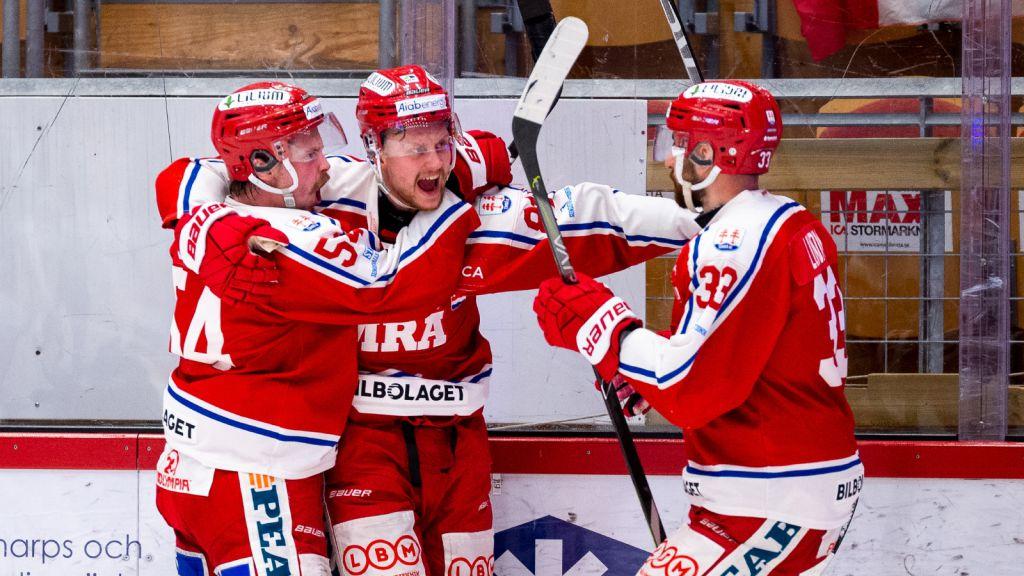 Dahlén, Lööke och Lundin jublade ofta under serien mot Västervik.