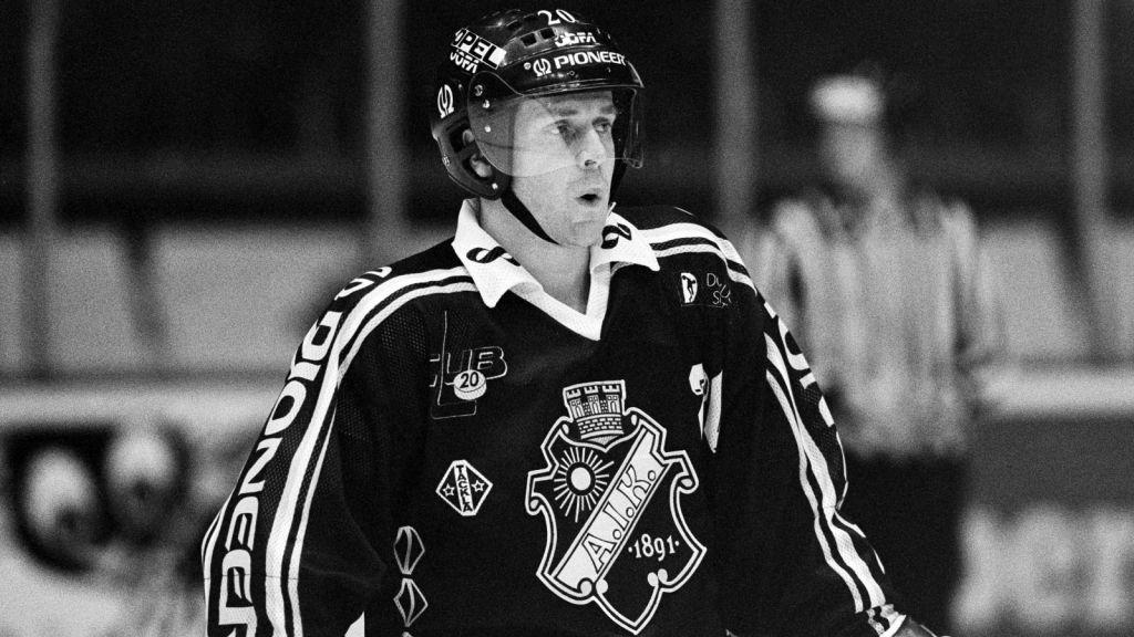 När Bosse Berglund återvände till Sverige blev det spel i AIK.