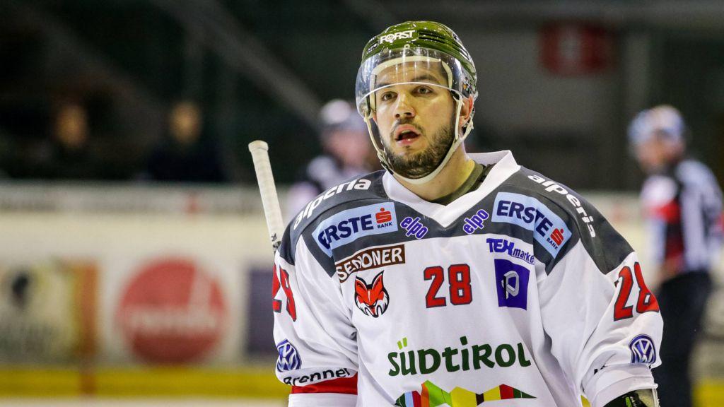 DeSousa njöt av hockeylivet i Italien.