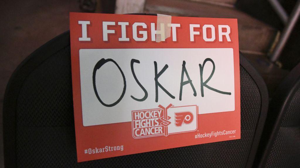 Philadelphia Flyers startade #OskarStrong för att stötta Oskar Lindblom.