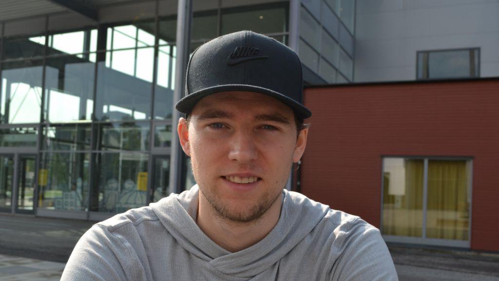 Blev trejdad – nu skriver svensken nytt NHL-kontrakt
