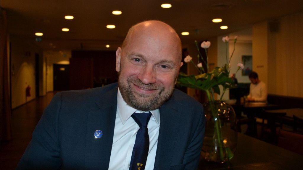 Stefan Ladhe.