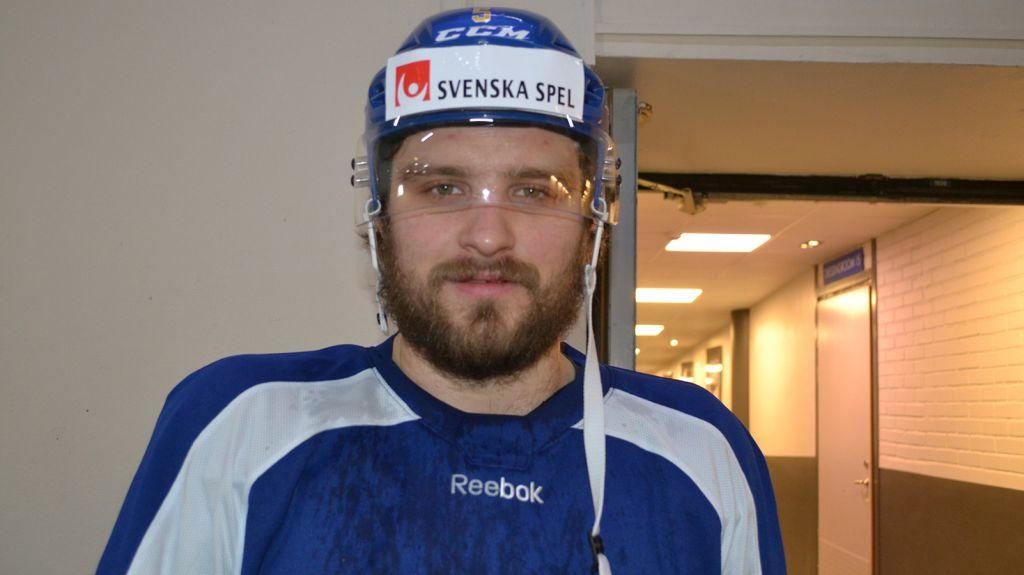 Mikael Wikstrand har gjort Adam Reideborn sällskap i Kazan.
