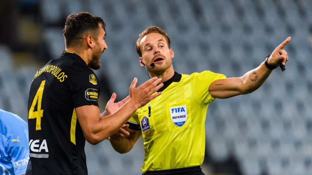 Domaren: Rätt döma bort AIK:s mål - borde ha gett MFF straff