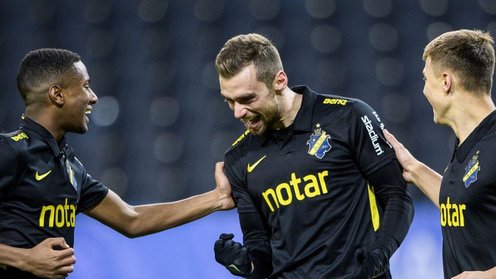 """AIK jagar topp-4 trots allt : """"Måste ge kredd till Jurelius"""""""